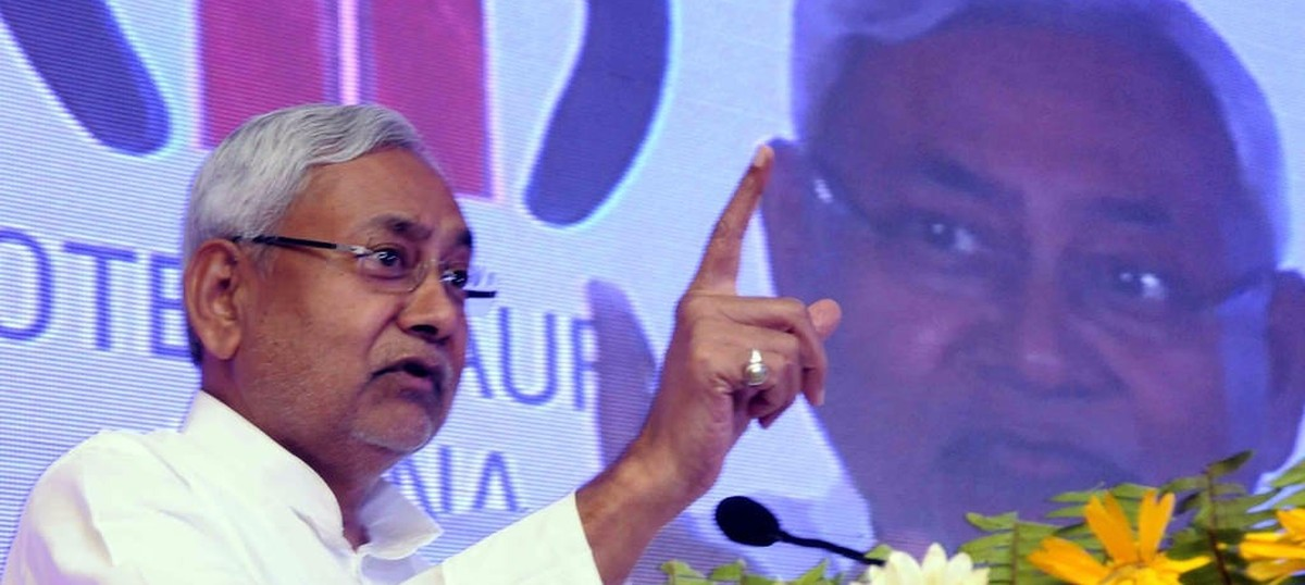 Nitish Kumar says he will back the Centre's GST Bill