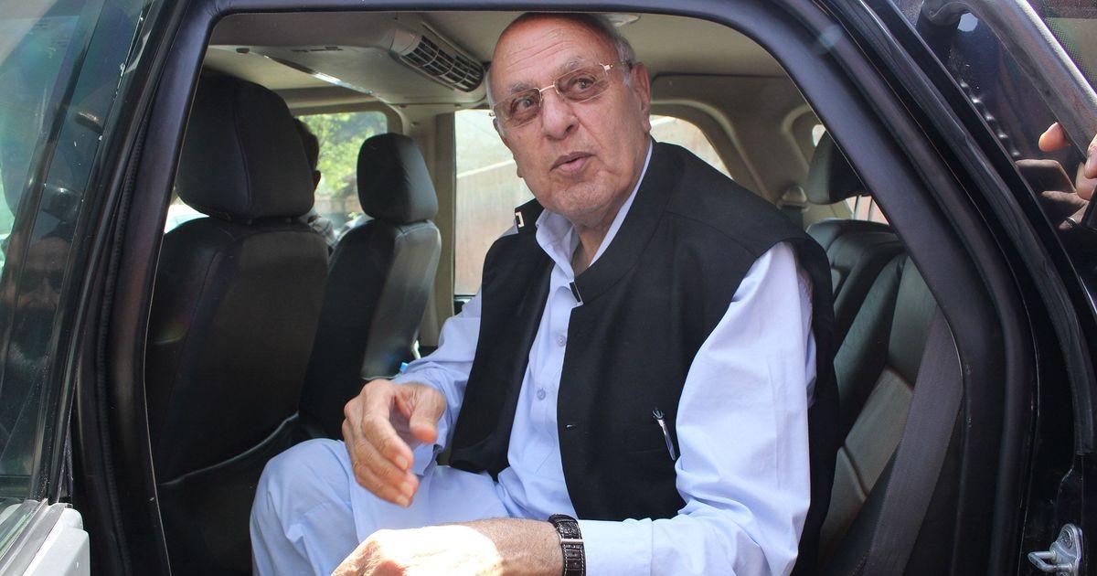 जम्मू-कश्मीर के पूर्व मुख्यमंत्री फारूक़ अब्दुल्ला के ख़िलाफ़ सीबीआई ने आरोप पत्र दायर किया