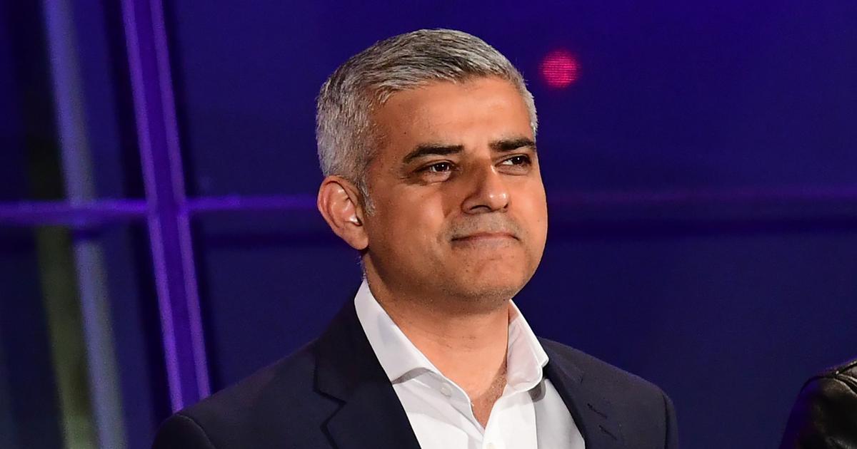 UK: London Mayor Sadiq Khan backs calls for second referendum on Brexit