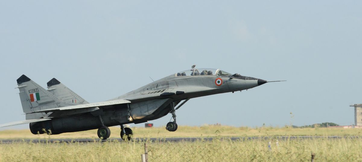 Newly inducted MiG-29K warplanes are riddled with problems, says CAG report