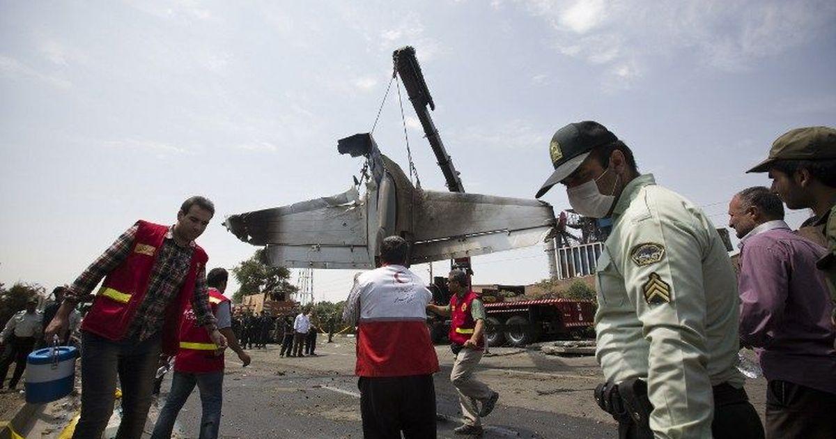 ईरान में विमान हादसा, सभी 11 यात्रियों की मौत