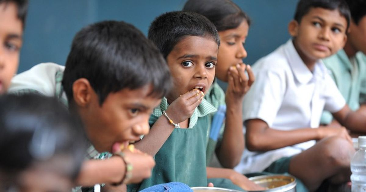 HRD Ministry makes Aadhaar card mandatory to avail Mid-day meals