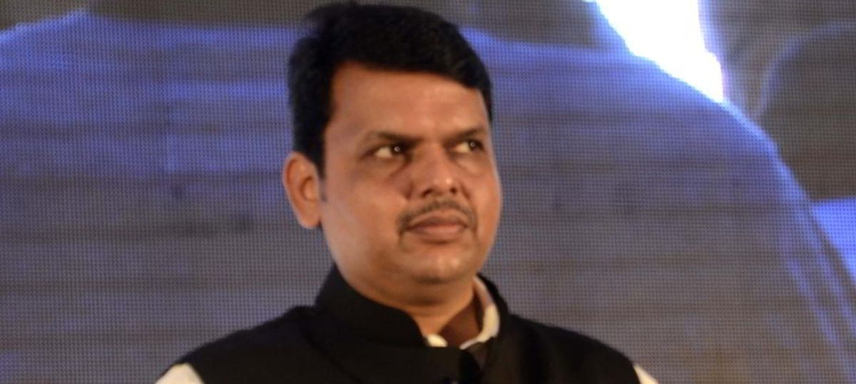 Maharashtra government agrees to waive loans for small farmers with immediate effect