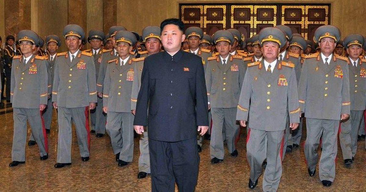उत्तर कोरिया ने अपने 35 लाख नागरिकों को सेना में शामिल होने का निर्देश दिया