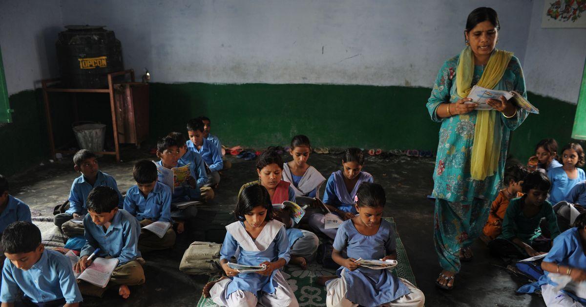 देश का भविष्य संवारने का बोझ 15 लाख अप्रशिक्षित शिक्षकों पर होने सहित आज की प्रमुख सुर्खियां