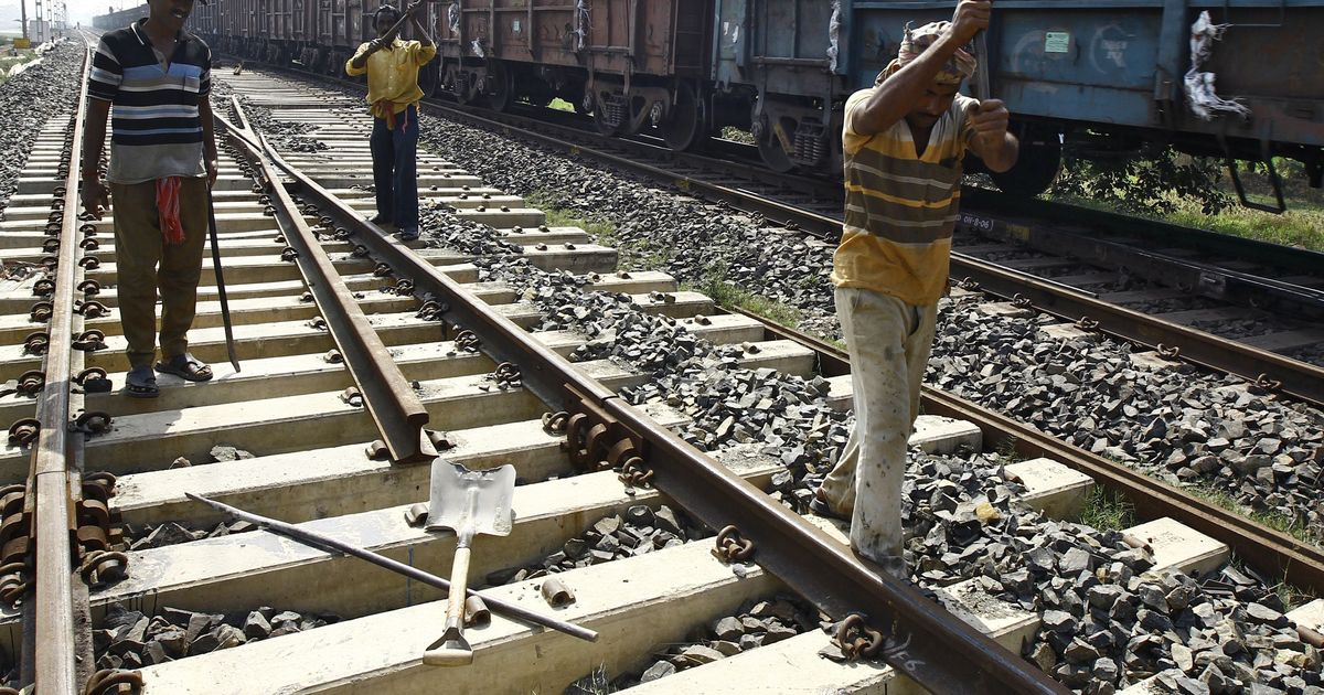 Indian Railways floats global tender to get seven lakh tonnes of rail from private companies