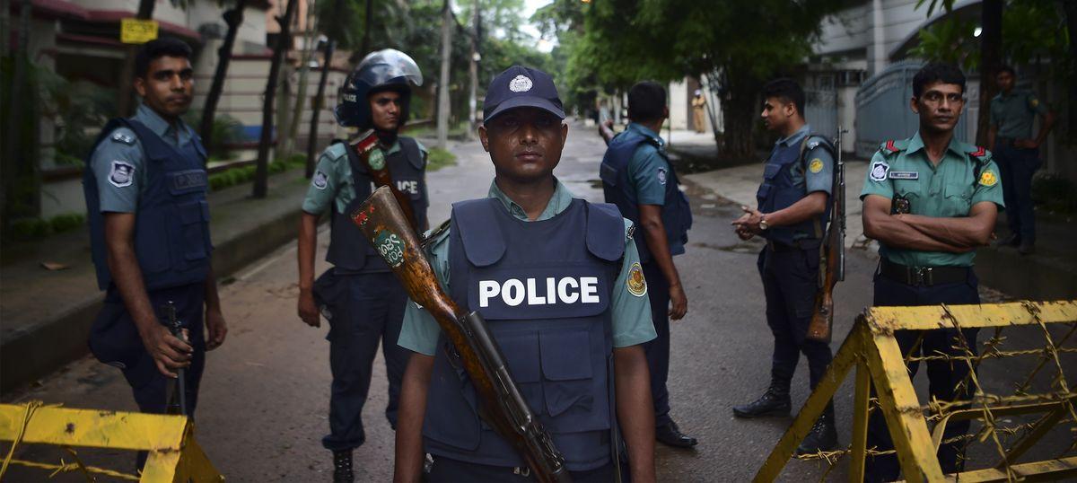 2016 Dhaka cafe attack mastermind killed in gunfight, say Bangladesh police