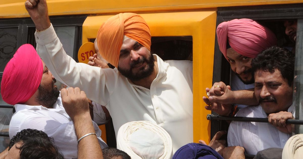 Navjot Singh Sidhu's bank accounts seized for nonpayment of taxes