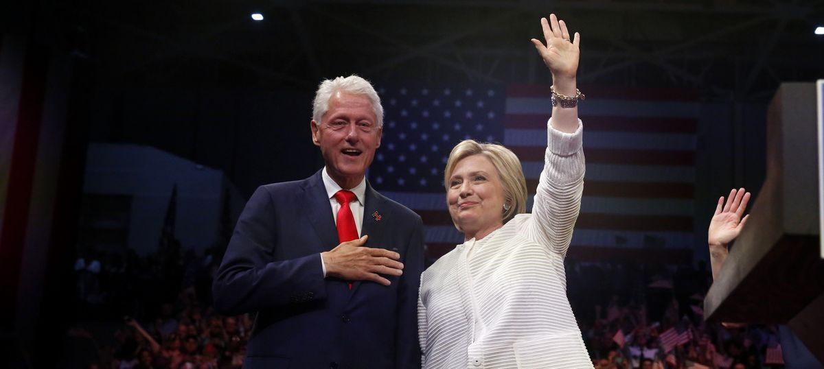 US: Suspicious package found near Bill and Hillary Clinton's home in New York, Barack Obama's office