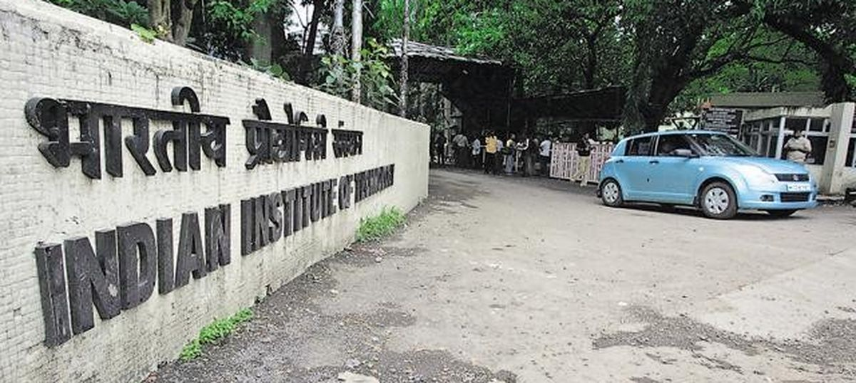 IITs blacklist 31 companies, mostly startups, from recruiting