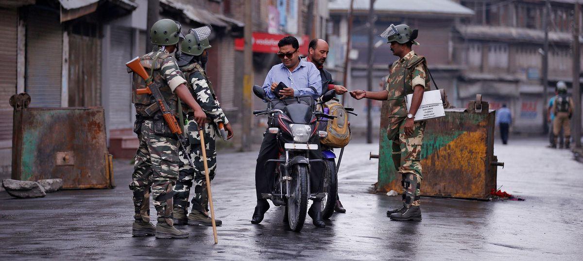 On Kashmir, we have to follow Mao's dictum 'ta ta, tan tan – fight fight, talk talk': Dr Karan Singh