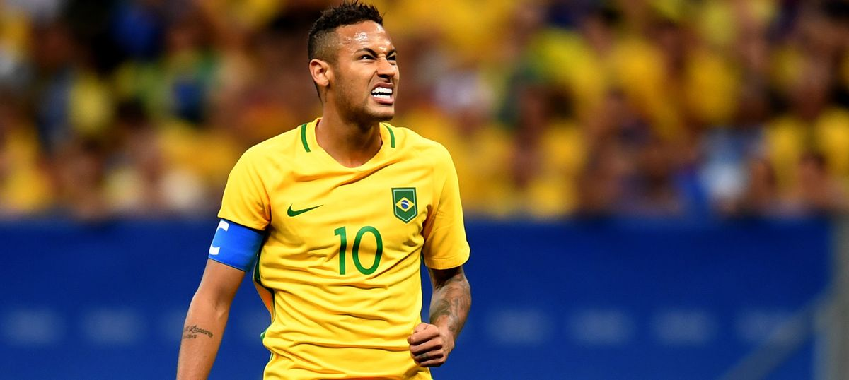 Cloud over Neymar's World Cup participation, says he needs another month to recover from operation