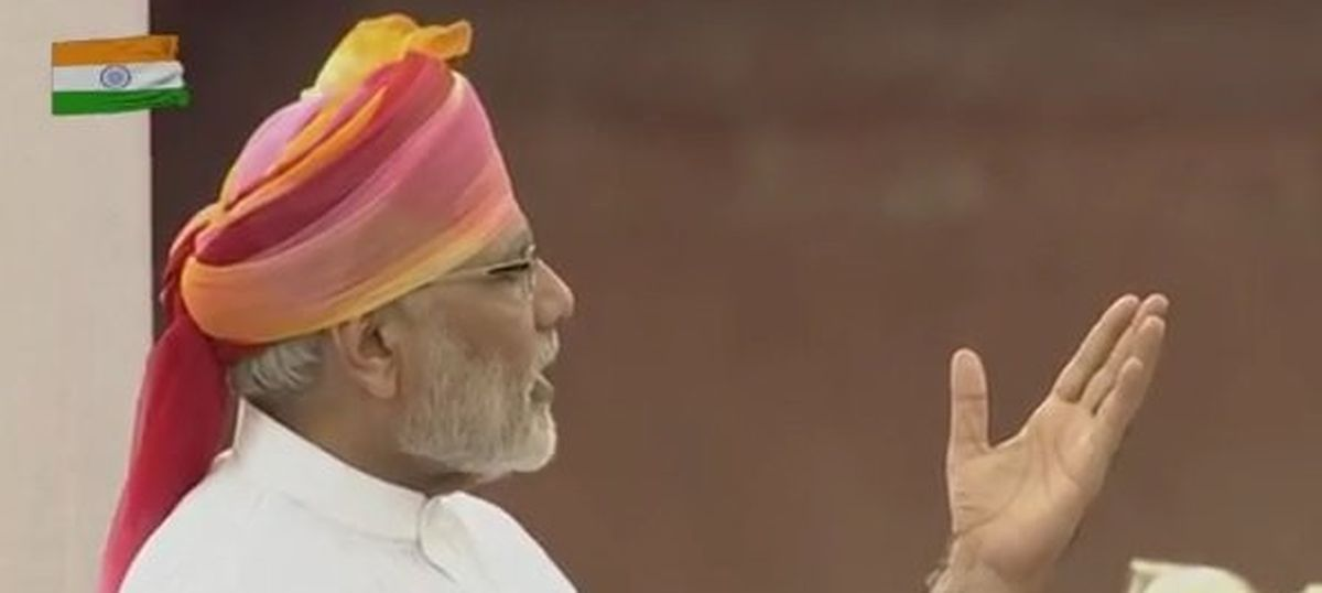 'The speech would put even Manmohan Singh to sleep': Twitter unmoved by Modi's I-Day address