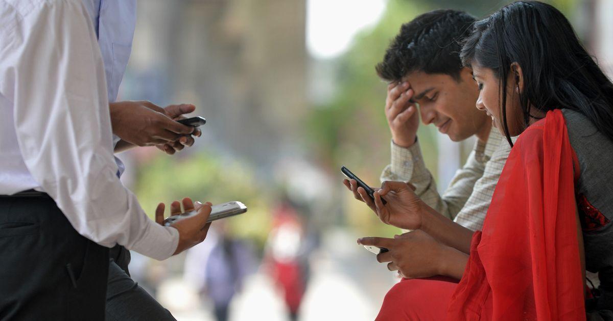 इंटरनेट सेवा के 90 फीसदी तक सस्ते होने की उम्मीद सहित आज के अखबारों की प्रमुख सुर्खियां