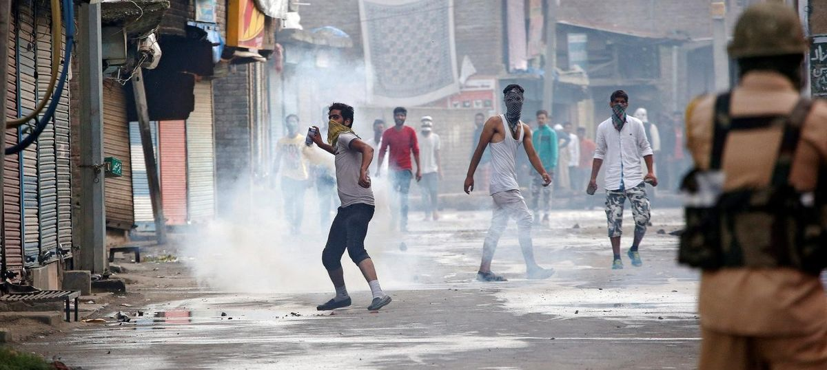 Indian Army deploys operation 'calm down' to South Kashmir to tackle protestors and militants