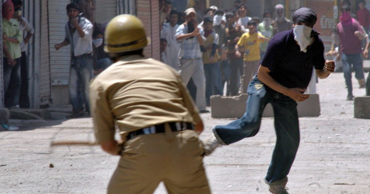 Stone Pelting Incidents Down By Half In Kashmir Valley, Claims CRPF