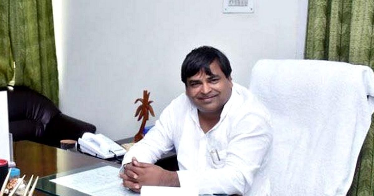 Supreme Court orders FIR against Samajwadi Party's Gayatri Prajapati in gangrape case