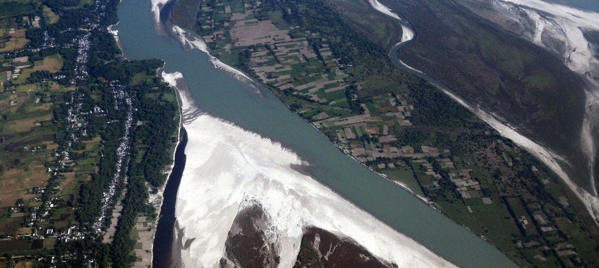 चीन द्वारा ब्रह्मपुत्र की सहायक नदी का बहाव रोकना क्या भारत के लिए कूटनीतिक संदेश है?