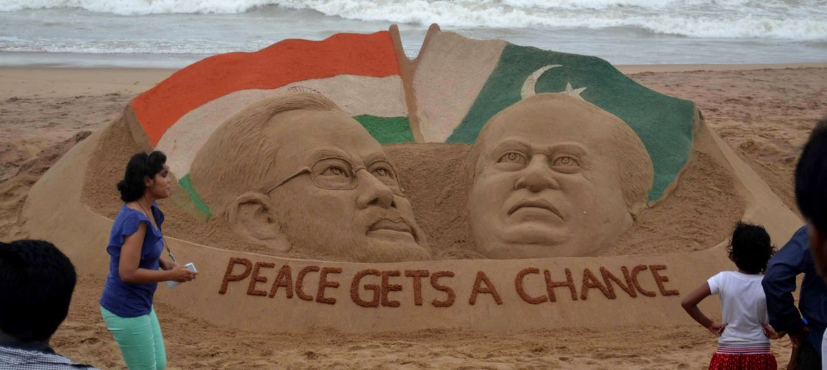 Dear India and Pakistan, can't we convert our grudges into love?