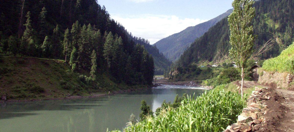 India can construct Kishanganga, Ratle Hydro Power Plants: World Bank