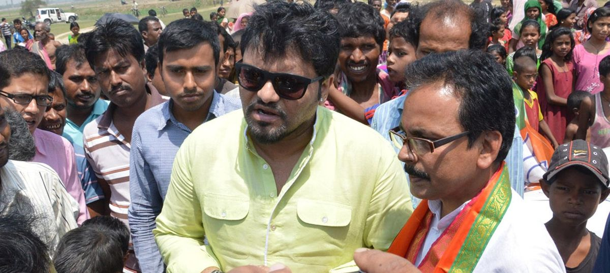 West Bengal: Babul Supriyo's convoy allegedly attacked by Trinamool workers in Asansol