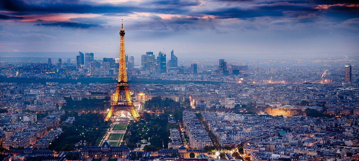 आधुनिक कला की विश्वराजधानी होने का दर्ज़ा पहले ही खो चुका पेरिस मेरे लिए इस बार बदला है