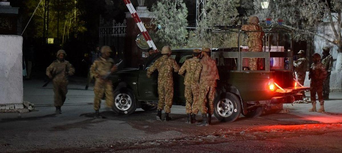 पाकिस्तान के क्वेटा में पुलिस ट्रेनिंग कॉलेज पर आत्मघाती हमला, 59 की मौत