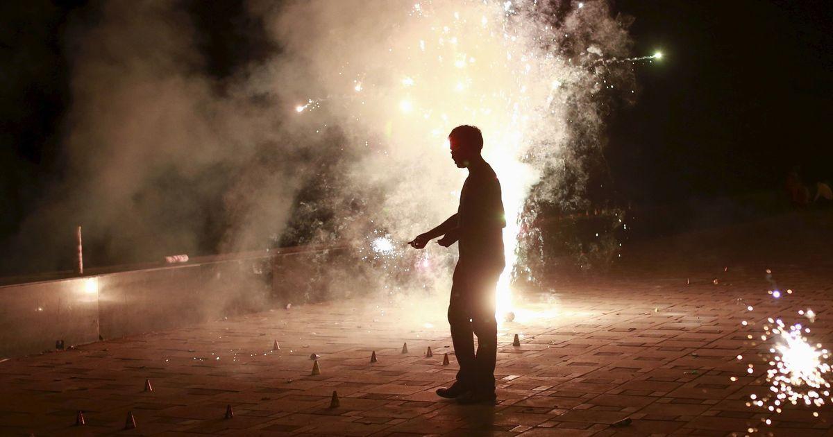 सुप्रीम कोर्ट ने दिल्ली-एनसीआर में पटाखों की बिक्री पर लगी पाबंदी को हटाने से इनकार किया