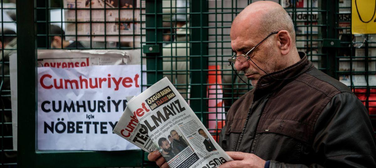 तुर्की के प्रतिष्ठित अखबार 'जम्हूरियत' के नौ पत्रकार गिरफ्तार, तख्तापलट का समर्थन करने का आरोप