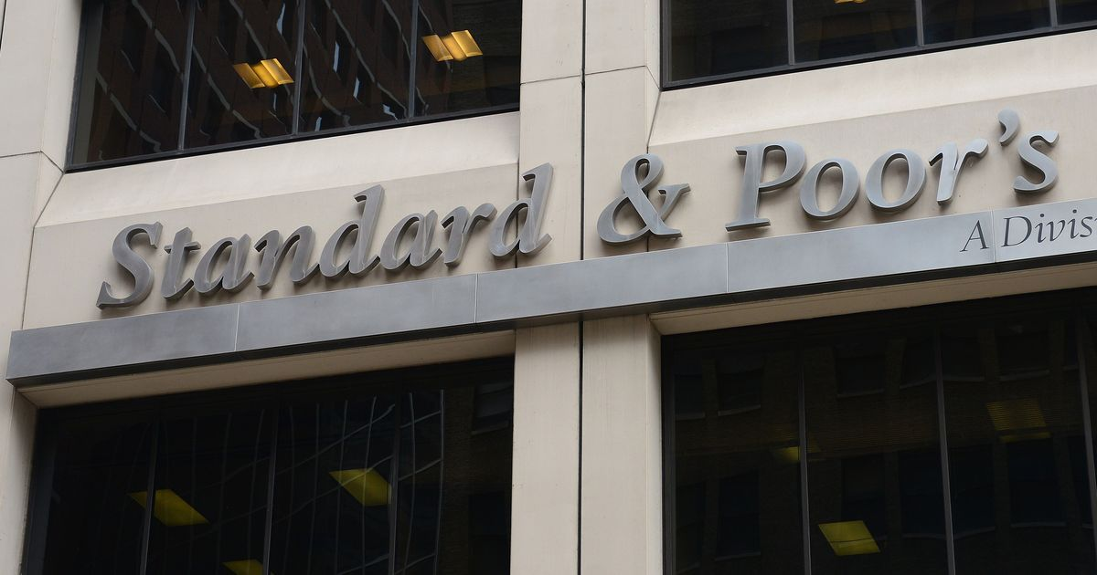 Mood from Moody's ratings doesn't last, Standard & Poor's doesn't upgrade India's rating