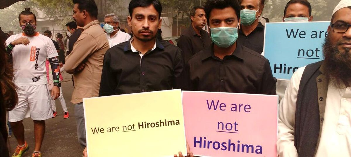 #MyRightToBreathe: Forced out by apocalyptic pollution, Delhiites hit the streets in protest