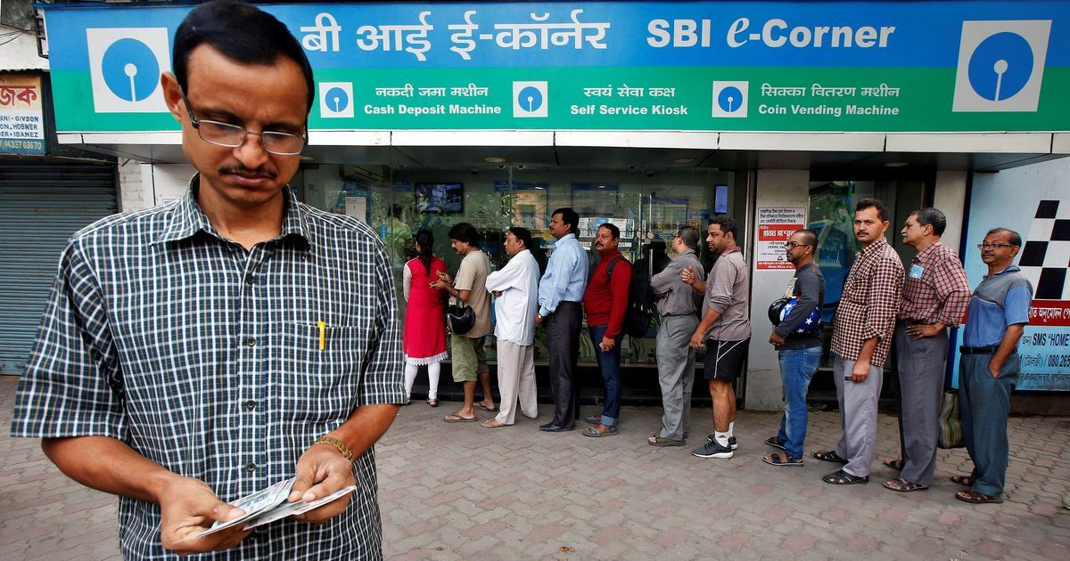 Cash shortage will be resolved today, says SBI chief