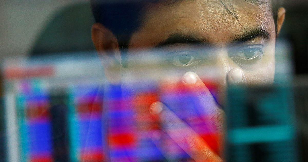 TCS, Infosys stocks pull down Sensex after three straight days of gains