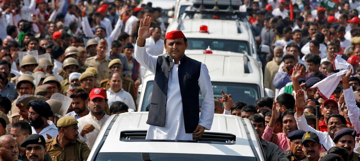 Uttar Pradesh polls: Akhilesh Yadav rebels, releases his own list of 235 candidates