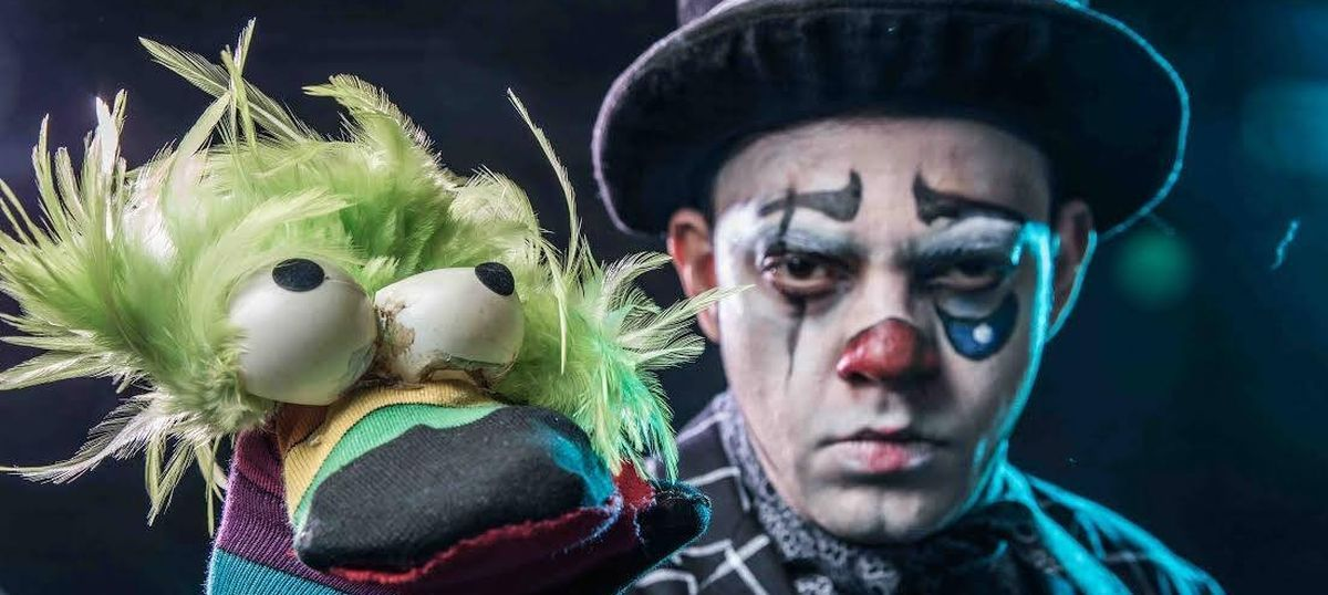 'Hamlet: The Clown Prince': Imbuing sombre Shakespearean characters with joviality and colour