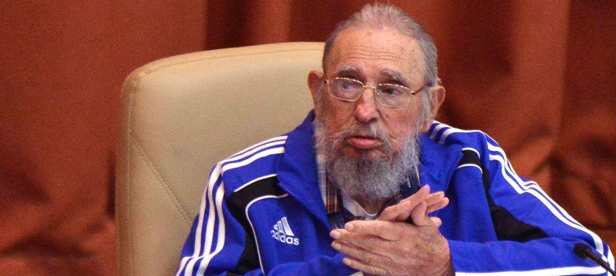 क्यूबा के क्रांतिकारी नेता और पूर्व राष्ट्रपति फिदेल कास्त्रो का निधन
