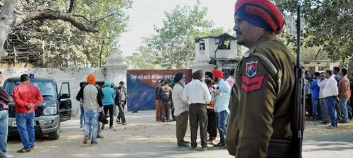 Do Punjab and J&K's contravention of rules regarding IPS, IAS