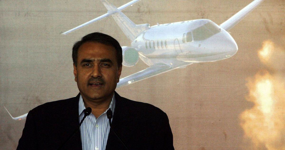 JD(U) rift wide open: Sharad Yadav says he is still with Mahagathbandhan