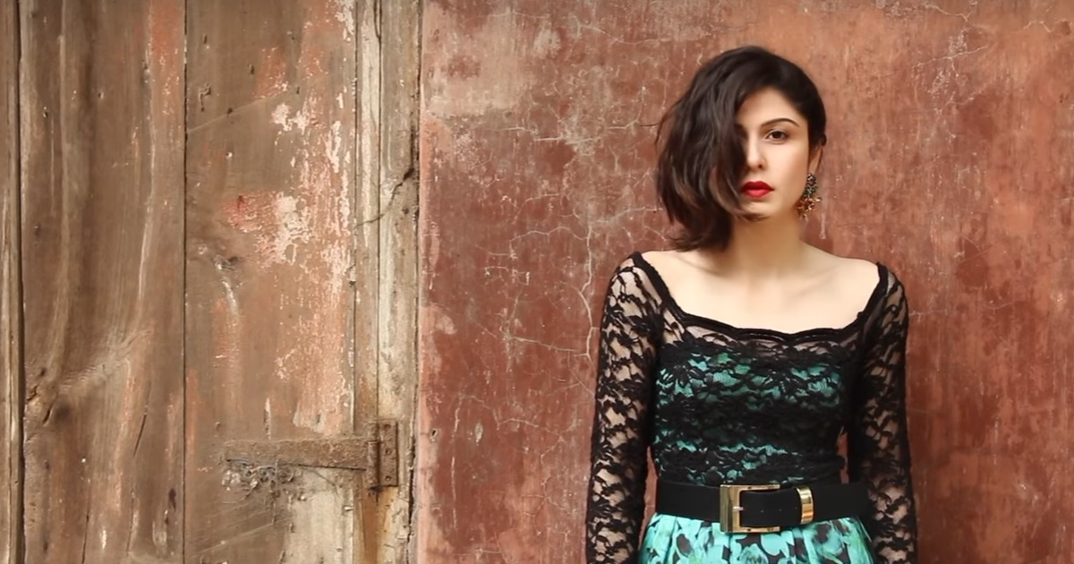 What's the secret to the success of Indian fashion and beauty stars on YouTube? Answer: You