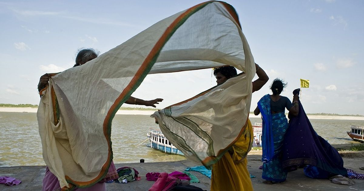 Silken cape: Sari donors in India pay it forward to the women in need