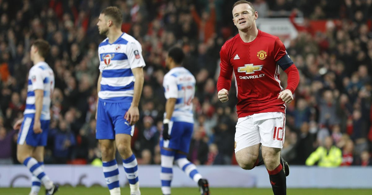 Watch: Reading's George Evans snubs Manchester United record goal-scorer Wayne Rooney's jersey