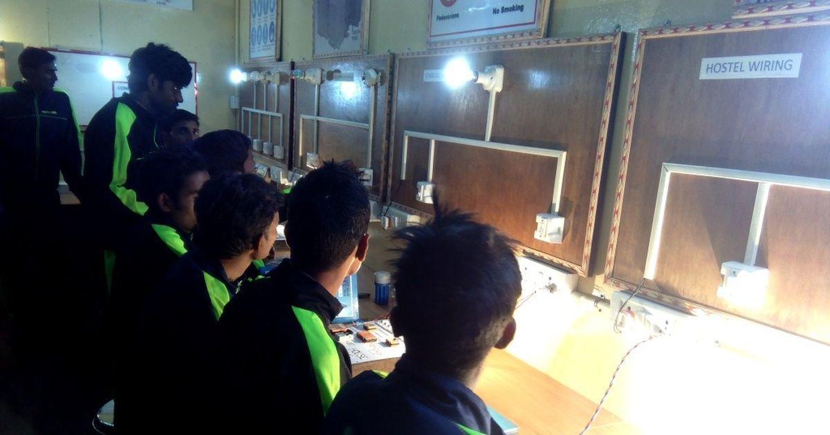 मोदी सरकार देश के तीन लाख युवाओं को कौशल प्रशिक्षण के लिए जापान भेजेगी