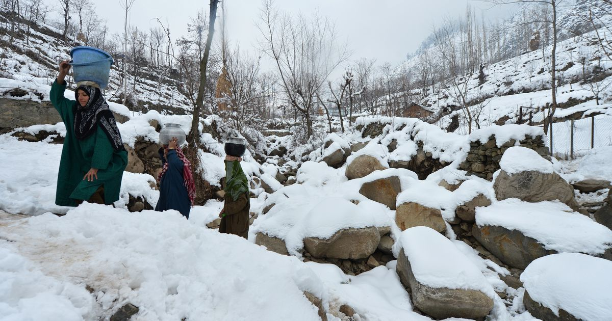 Cold wave intensifies in north India, Jammu and Kashmir records -6.8°C