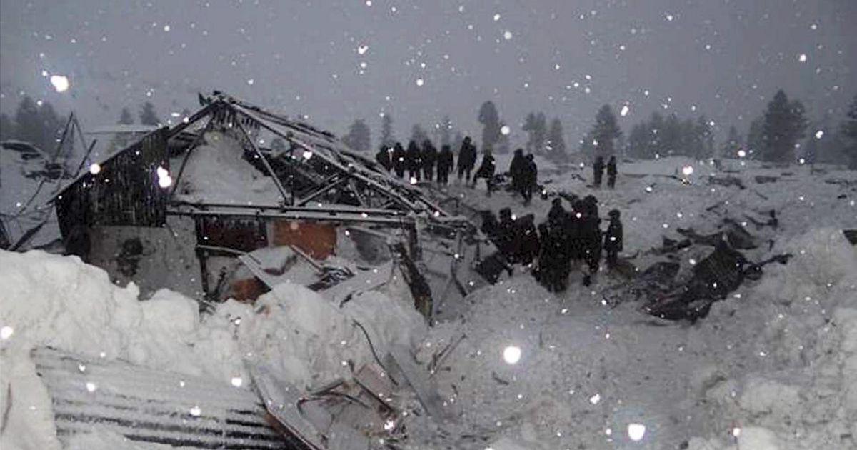 जम्मू-कश्मीर : हिमस्खलन में नौ लोगों की मौत की आशंका