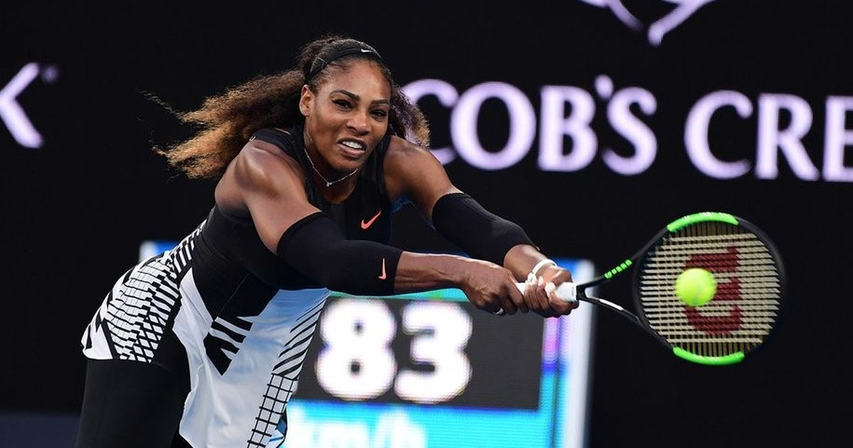 Serena Williams beats Venus Williams 6-4, 6-4 to win Australian Open