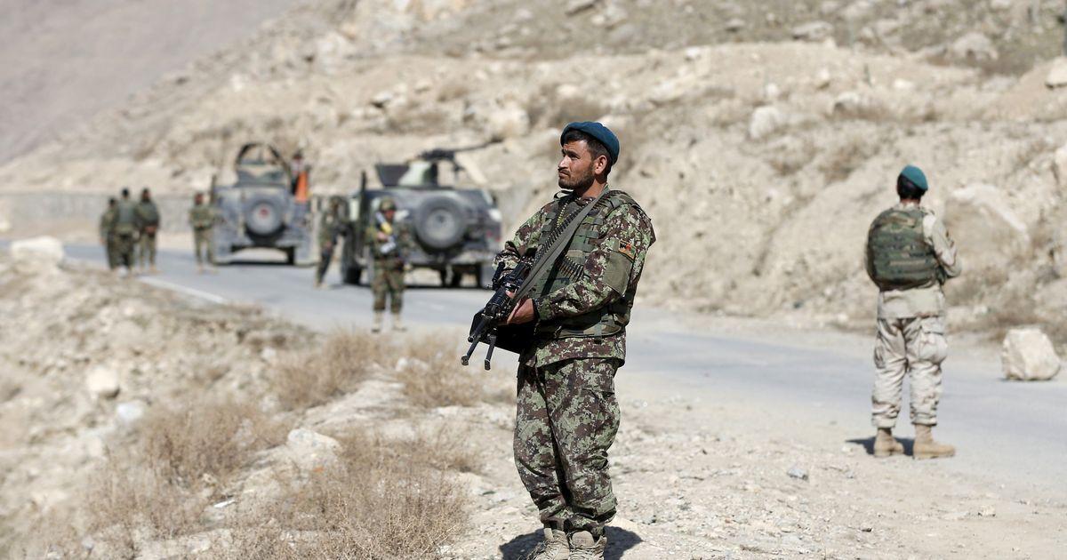 अफगानिस्तान : तालिबान के हमले में 10 पुलिसकर्मियों की मौत