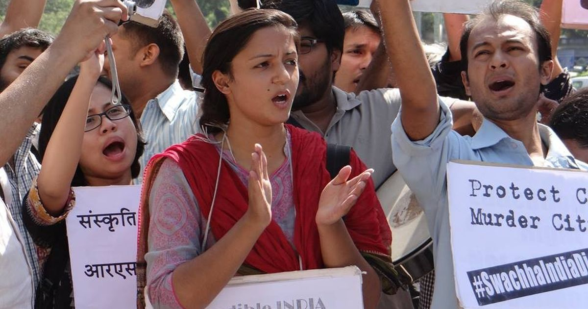 Objections to JNU's Shehla Rashid prompt Aligarh Muslim University students to postpone event