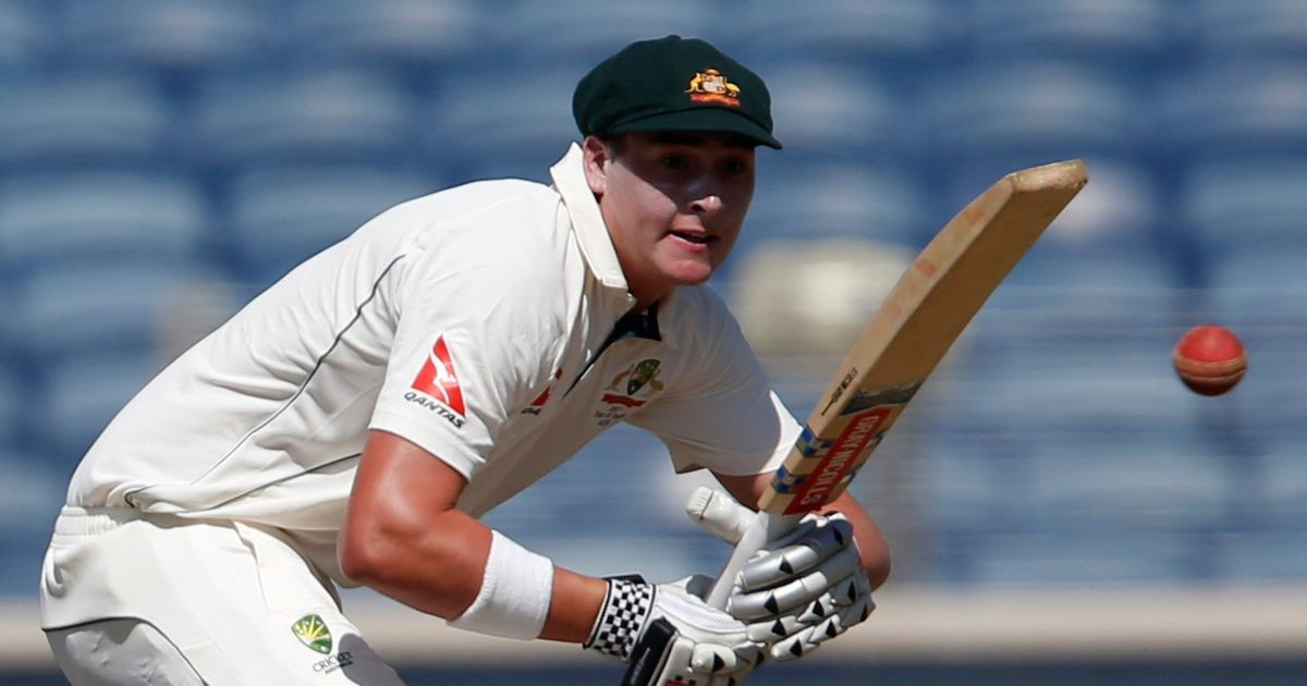 Starc, Renshaw frustrate India