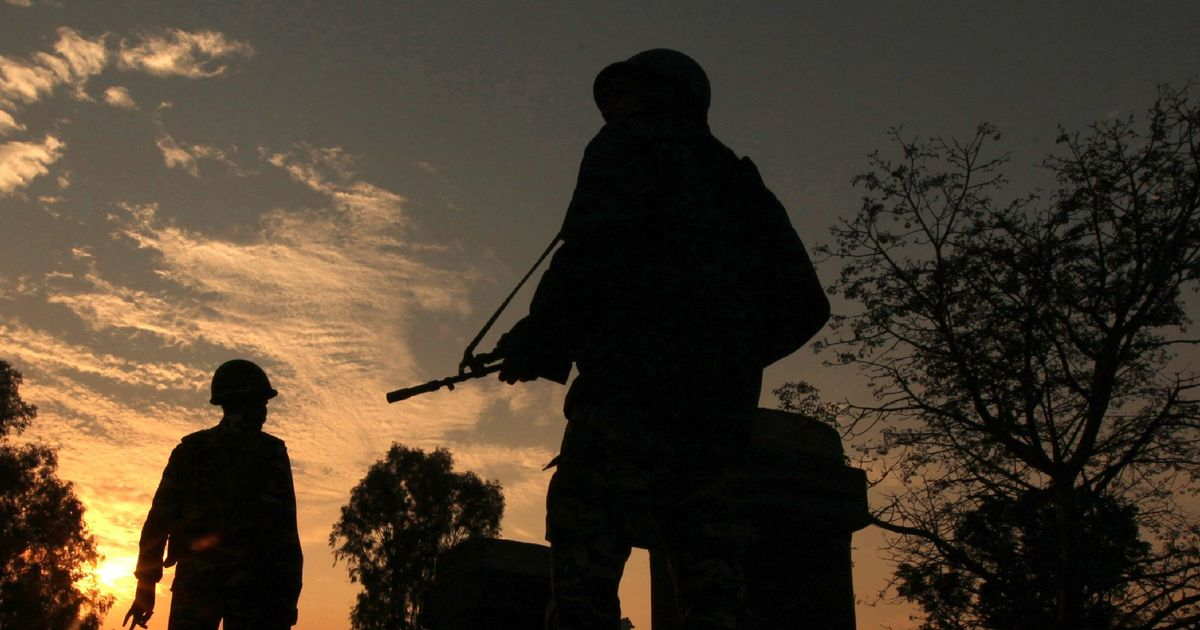 2 soldiers, 2 militants killed in gunfight along LoC