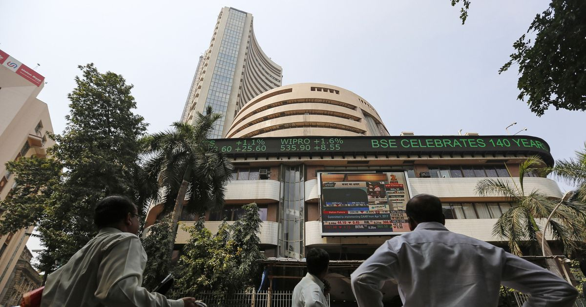 Infosys, Wipro power Sensex to new highs